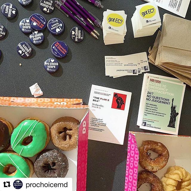 Did you know the Maryland legislature is considering a bill to make emergency contraception available at college & university health centers? Get involved by reaching out to our friends at @prochoicemd!  #Repost @prochoicemd with @repostapp ・・・ Student activists for emergency contraception at @MorganStateU tabled (with free donuts!) to spread the word about the EC bill! Want to get involved at Morgan? There's a meeting on Weds at 7:30pm on the second floor of the student center!