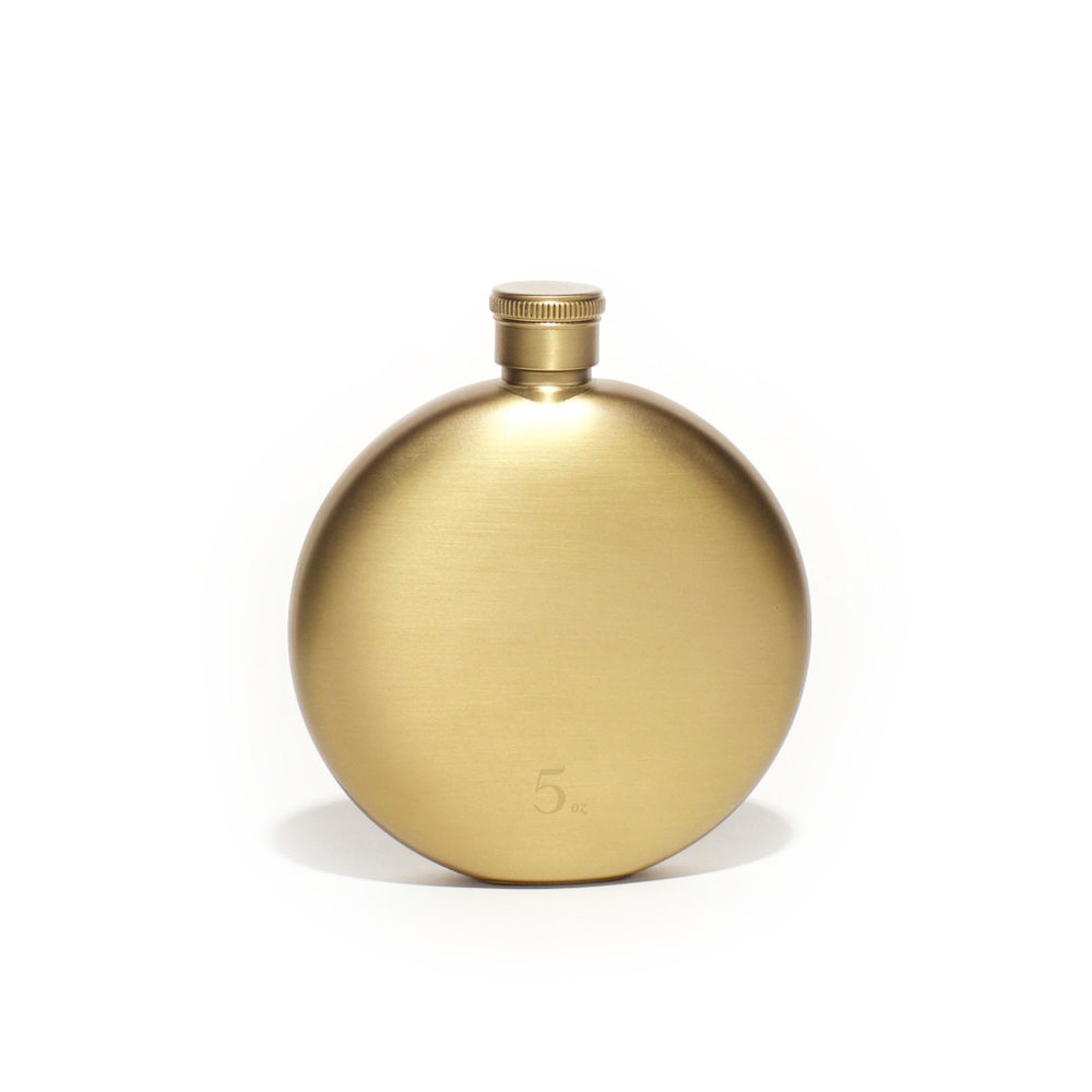 GoldFlask5oz_WhiteBG.jpg