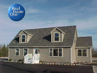Real Estate One of Presque Isle - 298 Wenonah DriveRogers City, MI 49779989-734-2141