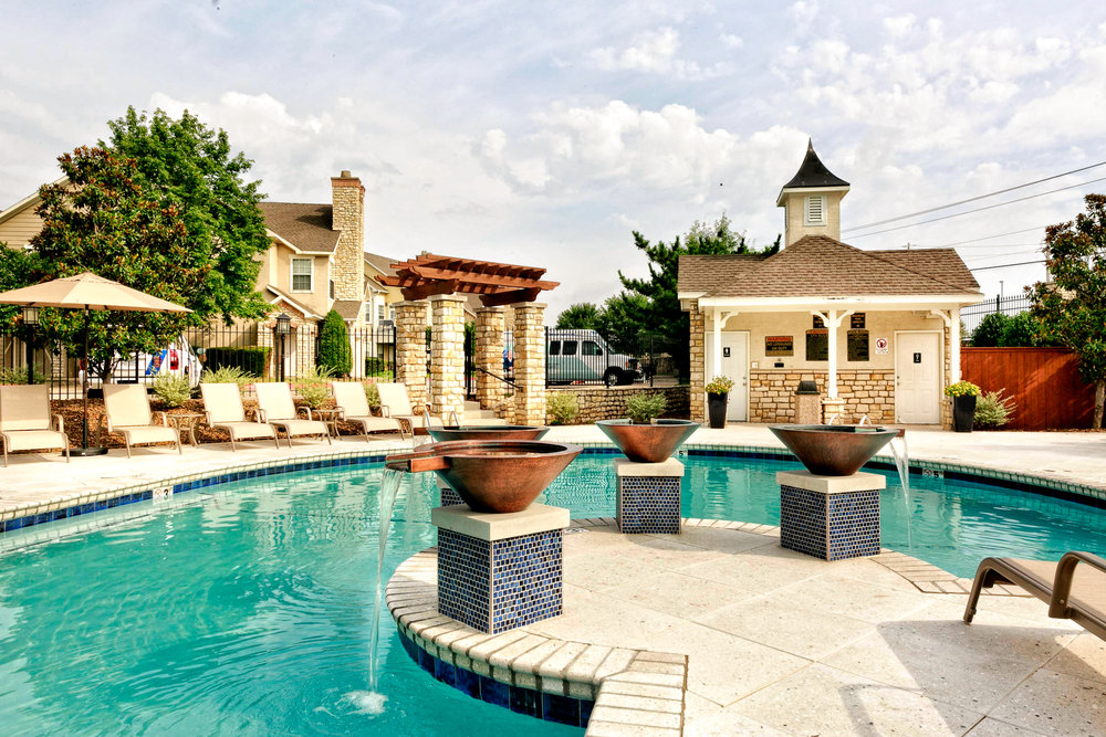 Stone ManorStone Manor Apartments
