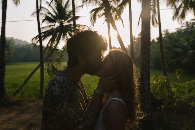 Seance_couple_reportage_mariage-11.jpg