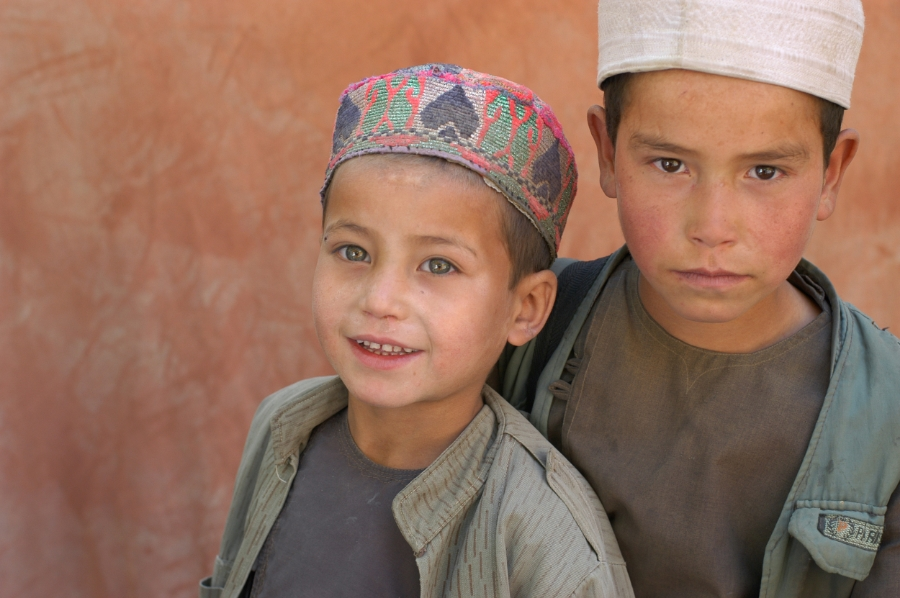 Boys Shamoli valley 3.jpg