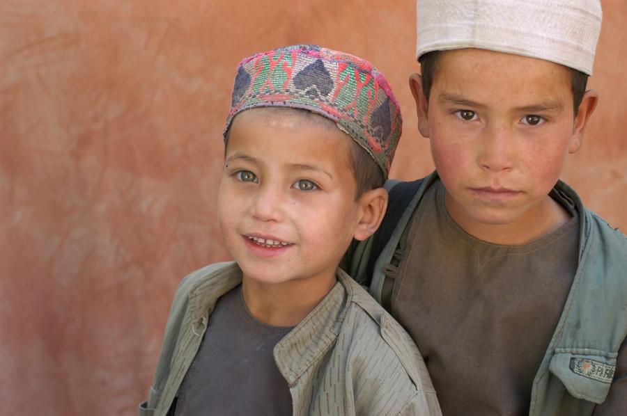Boys Shamoli valley 3.jpg