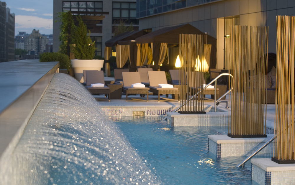Soho-Pool-with-fountain-close-up.jpg