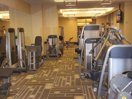 Signature-at-MGM-Grand-gym.jpg