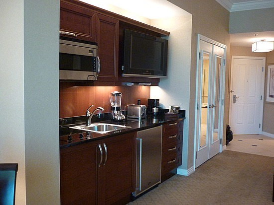 Sig JR Suite Kitchenette.jpg