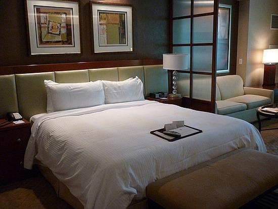 Sig Jr Suite Bed.jpg