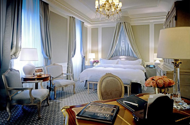 Superior-Guestroom.jpg