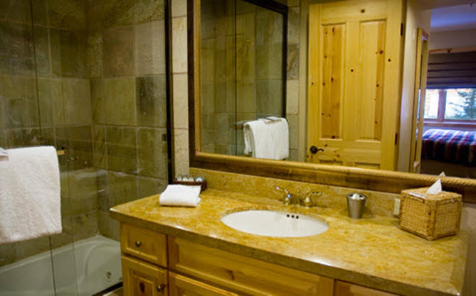 Cabin Bath.jpg
