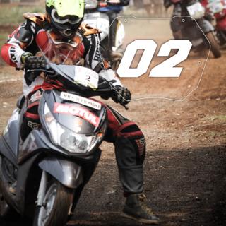 Rider No: 02