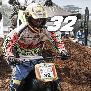 Rider No: 32