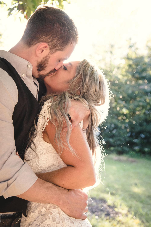 ChanceandMelanie_Dunkirk_Southern_Maryland_Backyard_DYI_Wedding(35of65).jpg