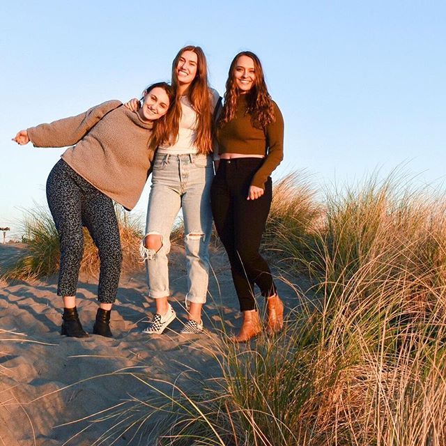Long walks on the beach with your best friends 🌟