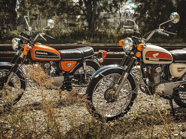 We're glad to announce that the CB100 and CB125 are going to the same home, and will remain inseparable. We hope they're making your family very happy @alexpricesugfree ! . Our full vintage motorcycle inventory is available on our site. Link in bio!