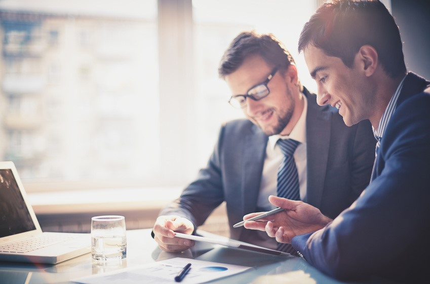 Fortalece tu empresa gestionando el trabajo en equipo de la organización.