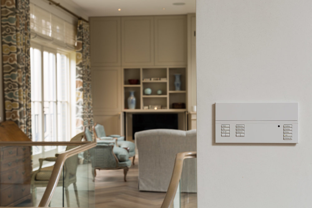 The  Lutron  Wall Panel allows quick selection of lighting scenes for the Kitchen as well as the open plan Living Area.  The buttons are engraved for easy selection and also allow control of the integrated  Sonos  Audio system.