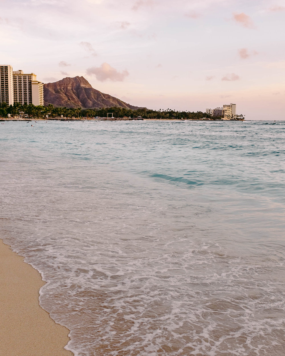 Waikiki Beach and Diamond Head Crater National Monument | Waikiki Oahu