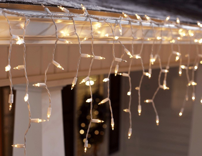 How To Safely Hang Christmas Lights On Your Gutters