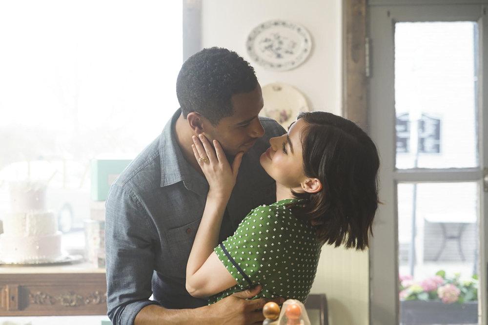 Elliot Knight stars as Stella's husband in  Life Sentence.