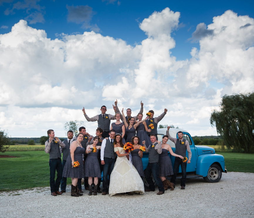 Lauren + Scott at The Rustic Barn (September 10, 2016)