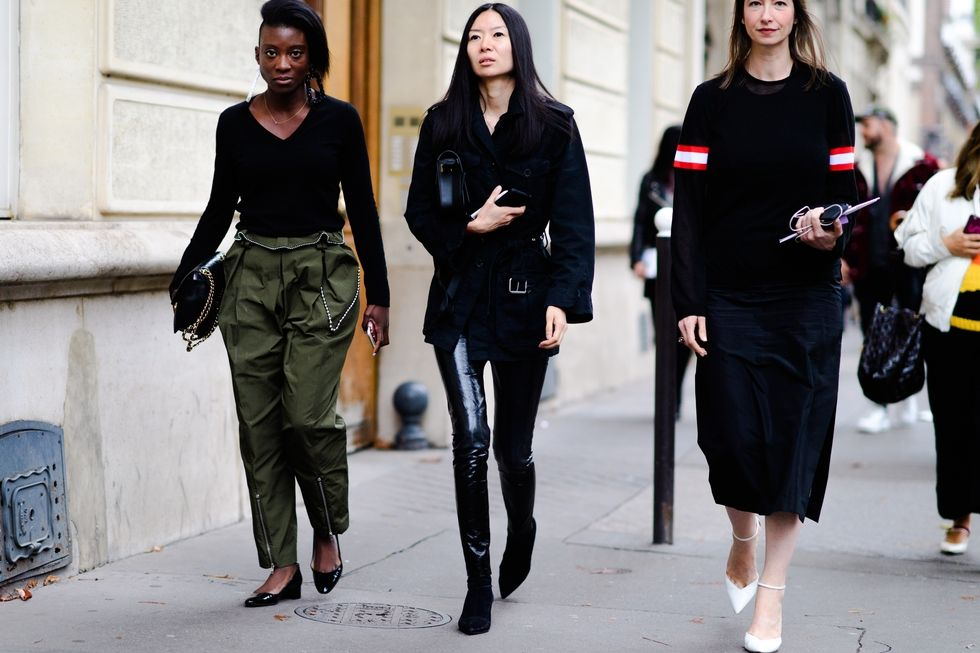 paris-pfw-street-style-day-6-ss18-tyler-joe-145-1506966147.jpg