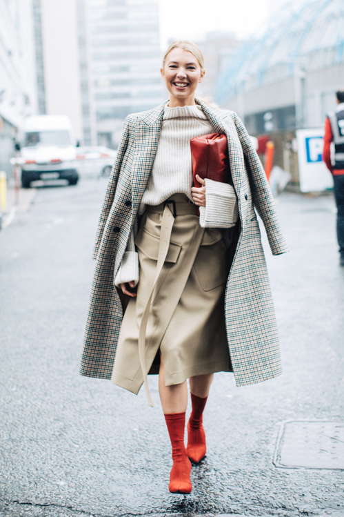 lfw_fw2018_day4__20180219_4992_jpg_1219_north_499x_white.jpg
