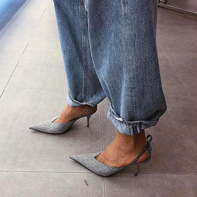The perfect duo! #middleeasternfashionista #denim#jeans#glitter#glittershoes#silver#trend#model#fashion#style#saudi#saudiarabia#jordan#swag#London#nyc#beirut#damascus#dubai#uae#paris#qatar#isatnbul#kuwait#bahrain#doha#dxb#dxblife