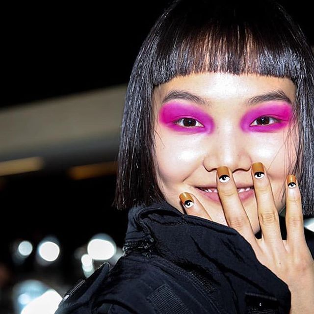 Nail art @kenzo  #middleeasternfashionsita #nailart#manicure#pinkeyeshadow#eyeshadow#makeup#kenzo#pfw#mpfw#parisfashionweek#fashionweek#china#japan#paris#milan#qatar#kuwait#beirut#bierutfashion#dubai#mydubai#dxb#uae#model#supermodel#fashion#trends