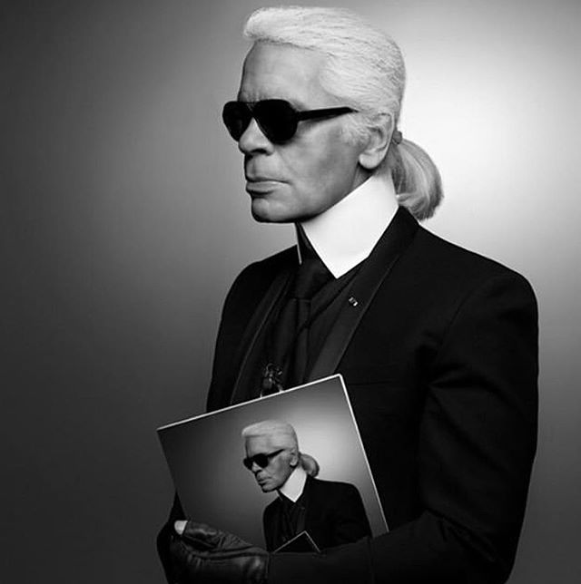 Karl Lagerfeld died today in Paris at age 85. #middleeasternfashionista  #karllagerfeld#chanel#rip#fashiondesigner#fendi#fashionweek#fashion#trends#model#japan#china#paris#london#milan#dubai#kuwait#uae#dxb#qatar#beirut