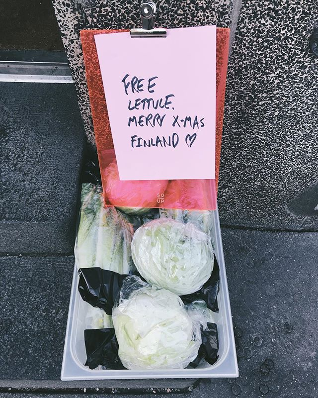free lettuce, merry christmas Finland @soup_helsinki  today 💚🤫💚