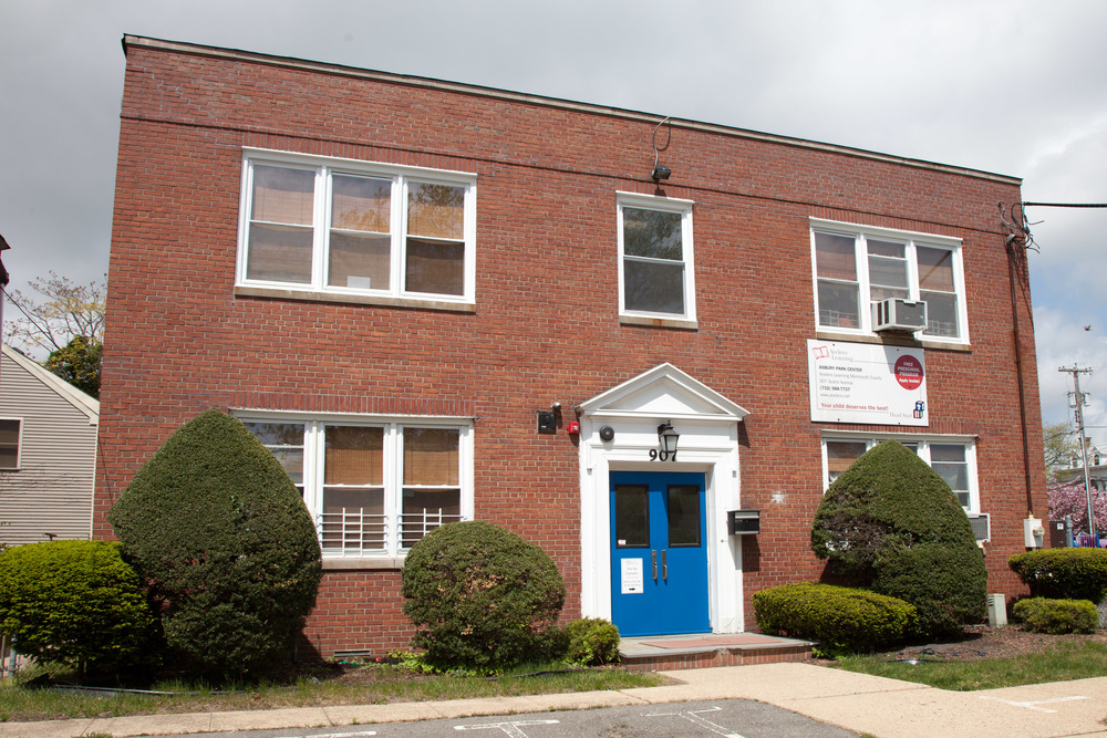 Asbury Park Center (Offers Extended Day) 907 Grand Avenue Asbury Park, NJ 07712 Phone: (732) 988-7737 Fax: (732) 988-3956 Center Director: Dana Moraghan