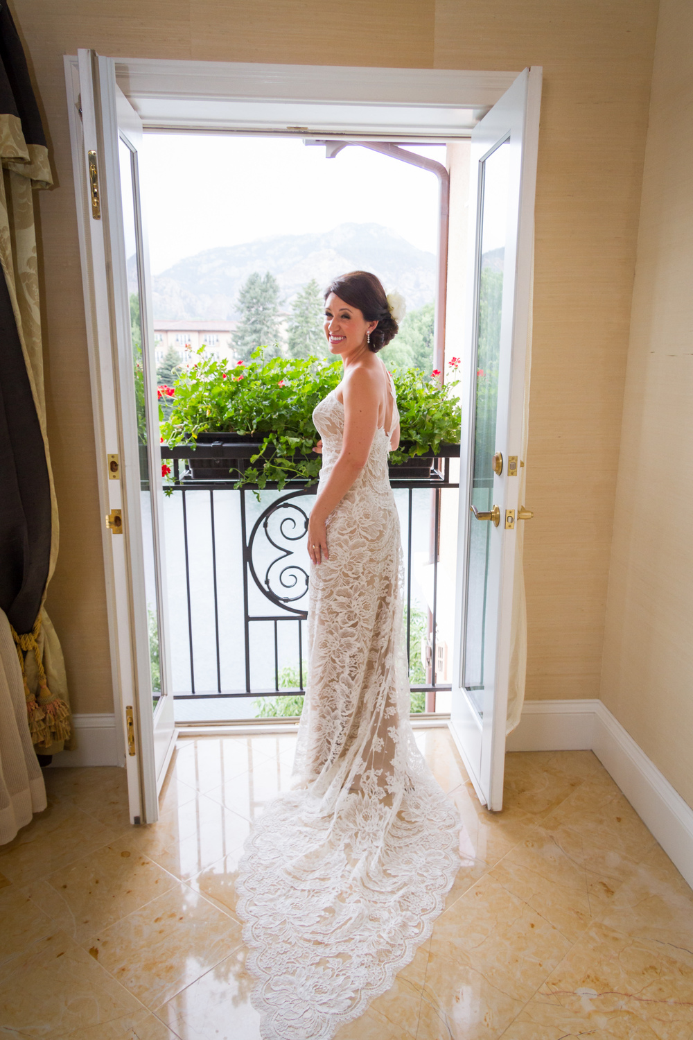 Broadmoor-Wedding_003.JPG