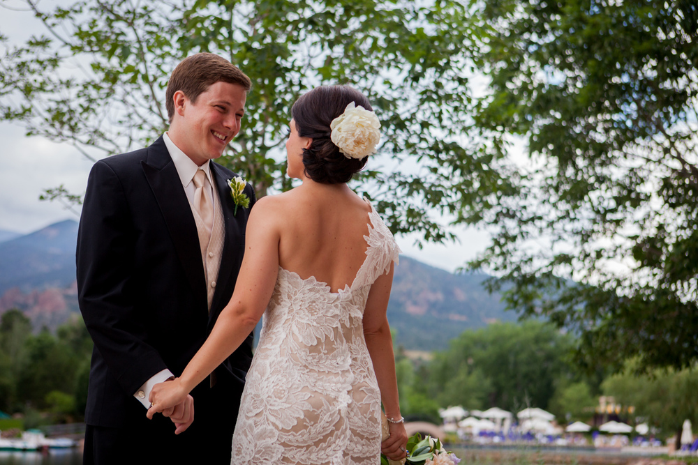 Broadmoor-Wedding_012.JPG
