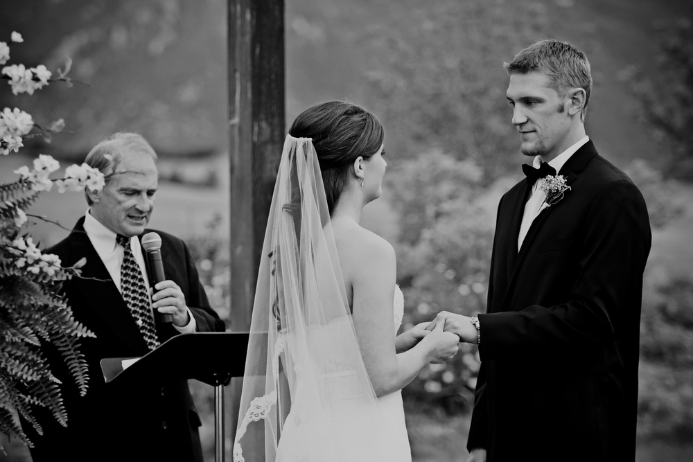 Crooked_Willow_Farms_Wedding_036.JPG