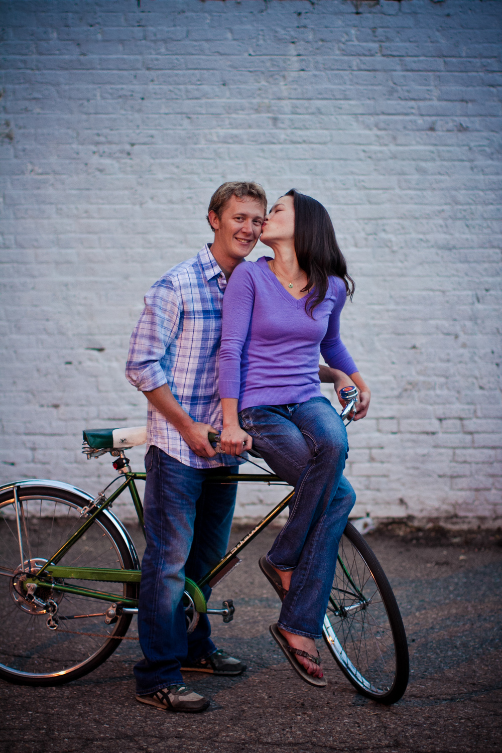 LoDo_Denver_Engagement_Photos_036.JPG