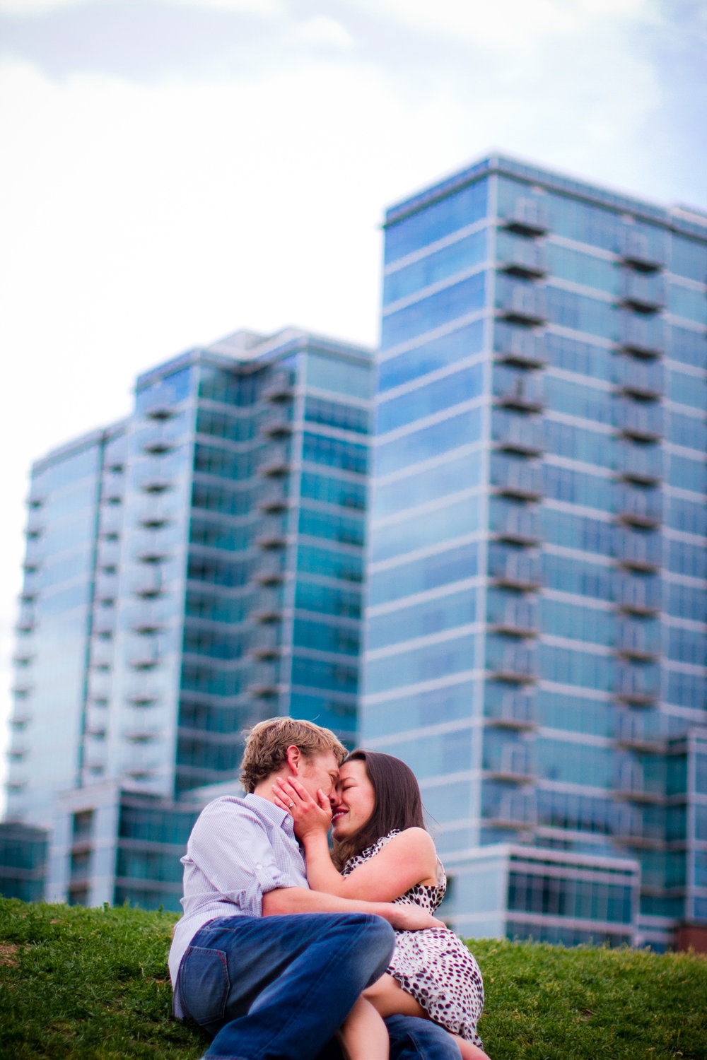 LoDo_Denver_Engagement_Photos_003.JPG