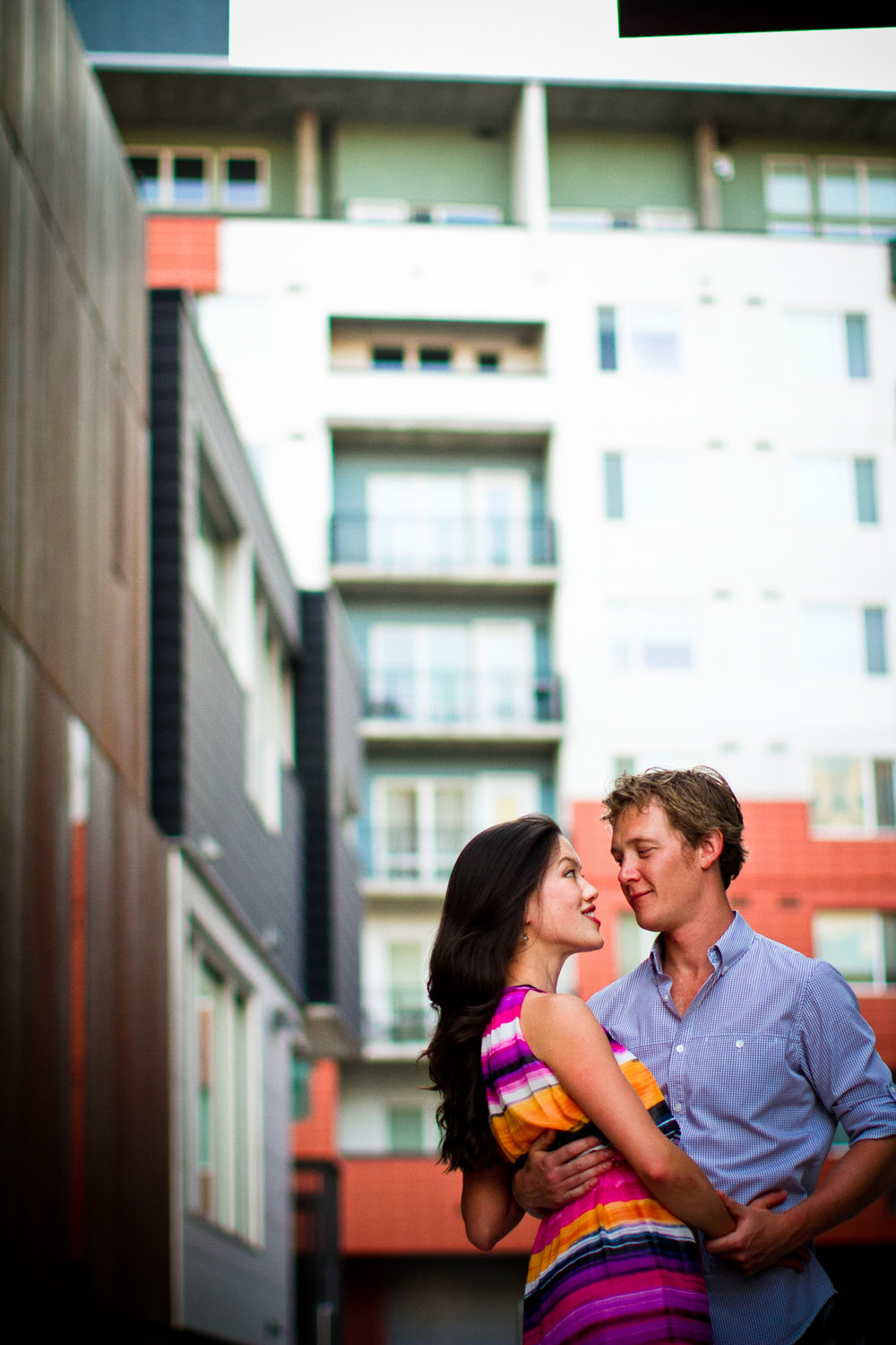 LoDo_Denver_Engagement_Photos_025.JPG