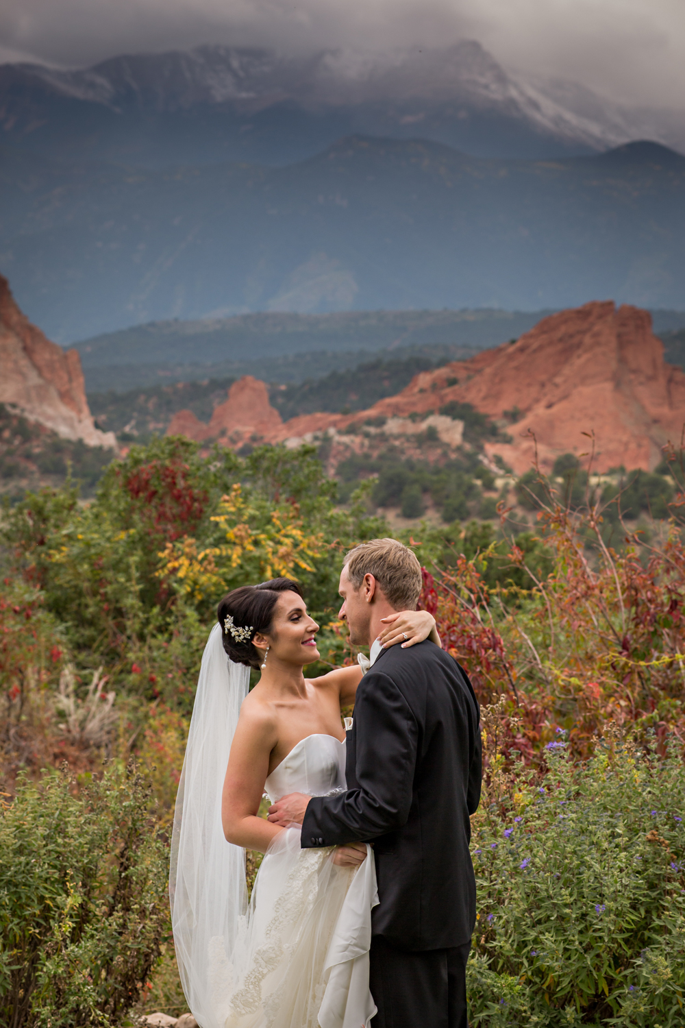 PaigeEden_Weddings_Broadmoor_022.jpg