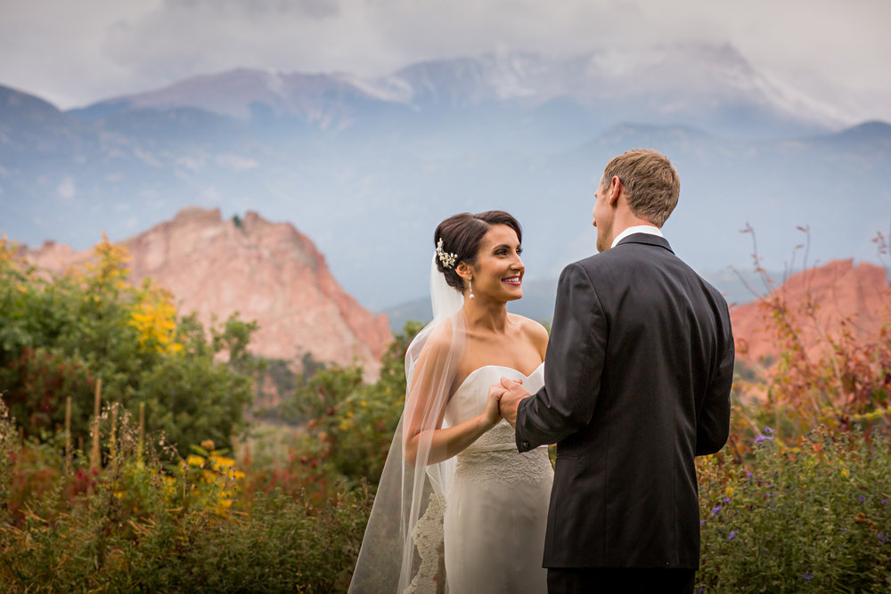 PaigeEden_Weddings_Broadmoor_023.jpg