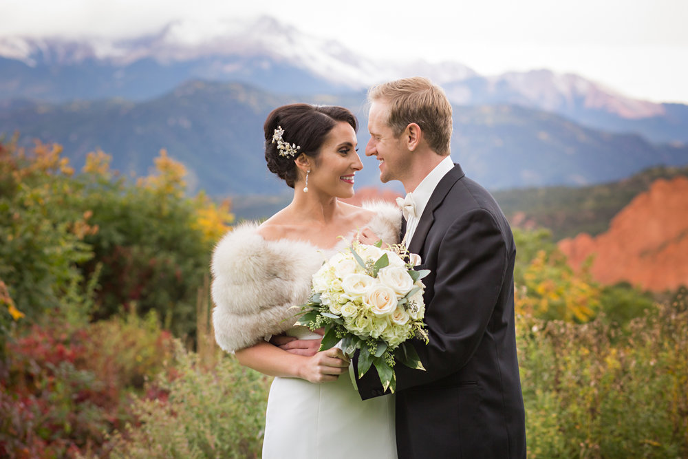 PaigeEden_Weddings_Broadmoor_036.jpg