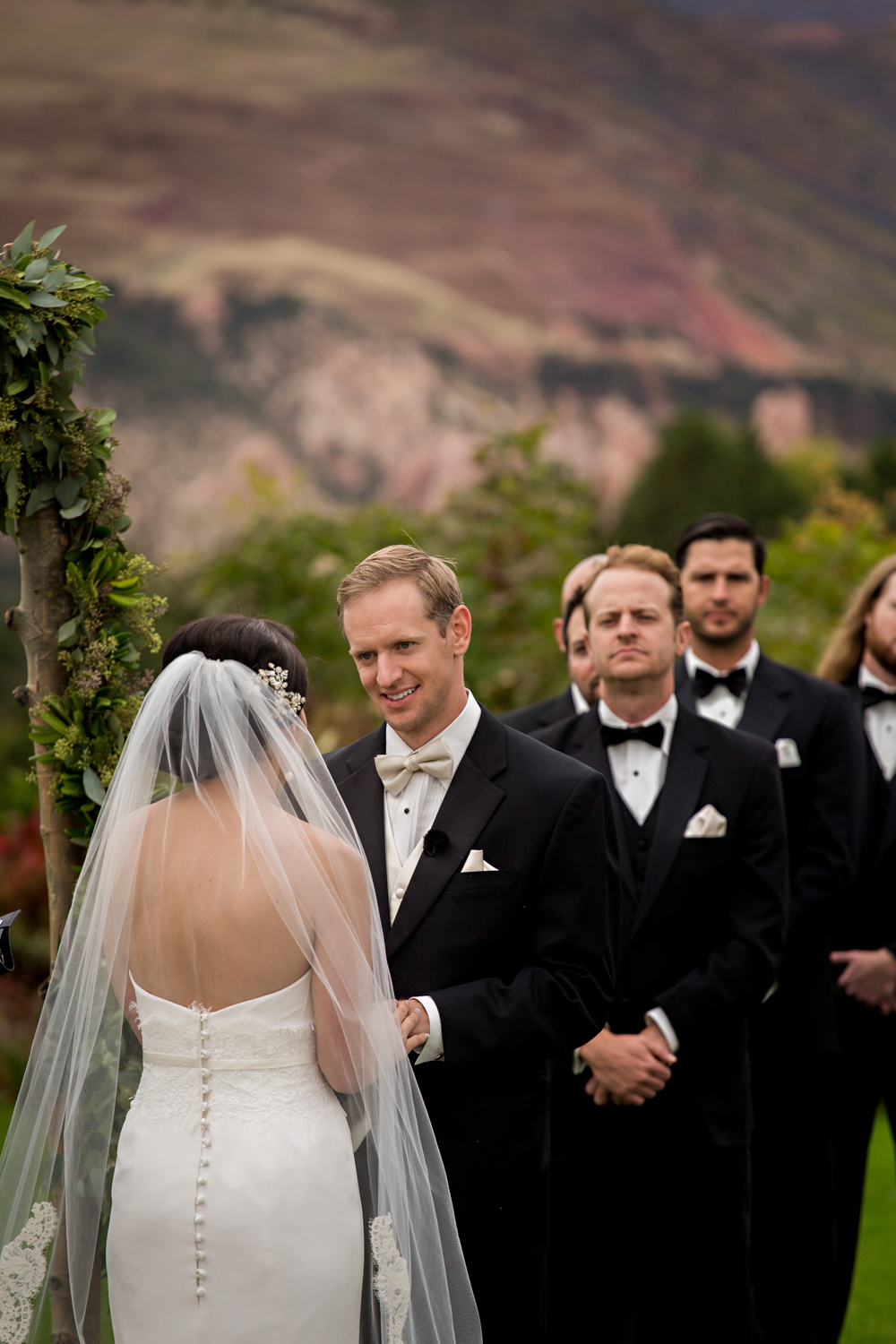 PaigeEden_Weddings_Broadmoor_043.jpg