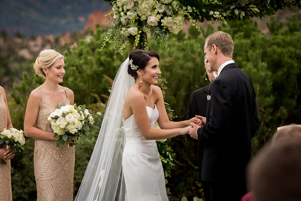 PaigeEden_Weddings_Broadmoor_044.jpg