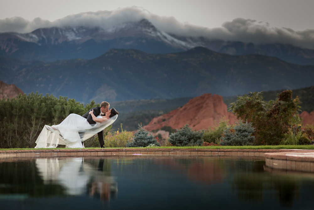 PaigeEden_Weddings_Broadmoor_052.jpg