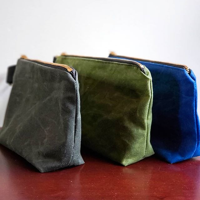 This blue is my favorite 💙. I just added these 8x5 waxed canvas zipper pouches to the rainydayrebel.com website pick any color and I'll make it for you $20 plus $7.50 flat rate shipping