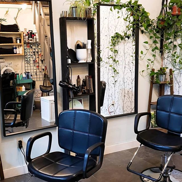 I'm ready to share my studio space with a down to earth, eco-friendly, motivated hairstylist. If you are looking for a quiet place to give your clients a top notch experience then send me a message and we can chat. Things you should know- you will need liability insurance required by the building owner. Revolve Hair Studio is on the 2nd floor of the Fremont Commons building and there is pretty much zero walk in traffic, but people from the neighborhood do find me up there 🙂. I have a ring light and tripod for your photography/video hearts desires. I have a mini fridge and a storage loft that makes the small small space a bit easier to navigate. Sell your own retail or sell mine! I'm pretty flexible with my schedule and I usually work Sunday- Wednesday but it changes sometimes. Let's chat 😊