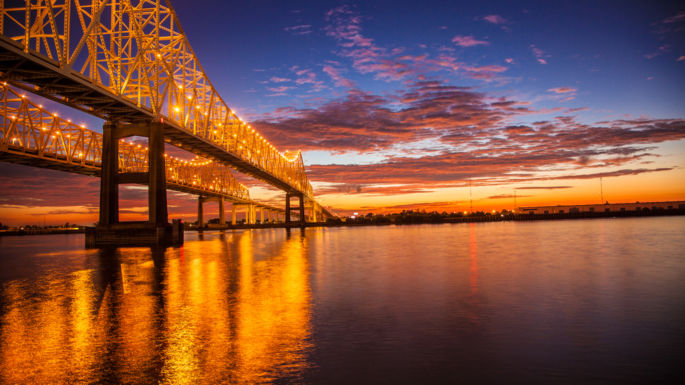 Sunrise over the Mighty Mississippi