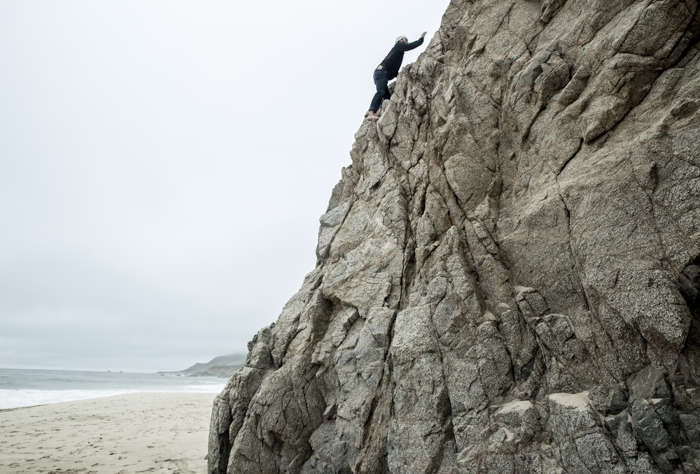 Barefoot free climbing