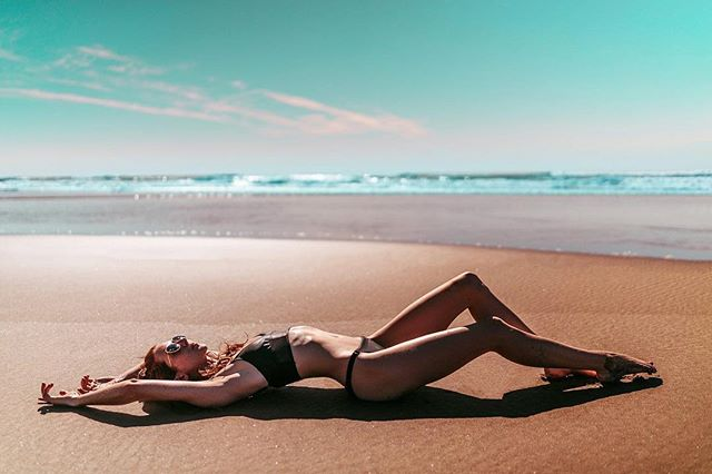 Dry season beach daze #maderaslife 📷:@jonbrandoncruz 👸🏼:@flanneryunderwood