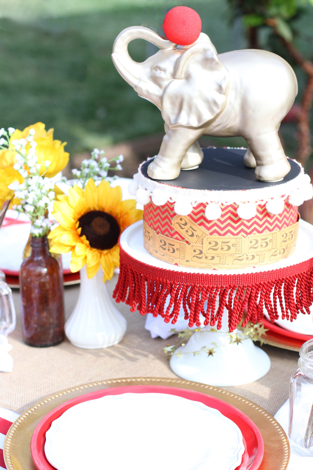 The best party on Earth! A perfectly executed circus themed party - Prepackaged and ready to rent from @inJOYtheParty!
