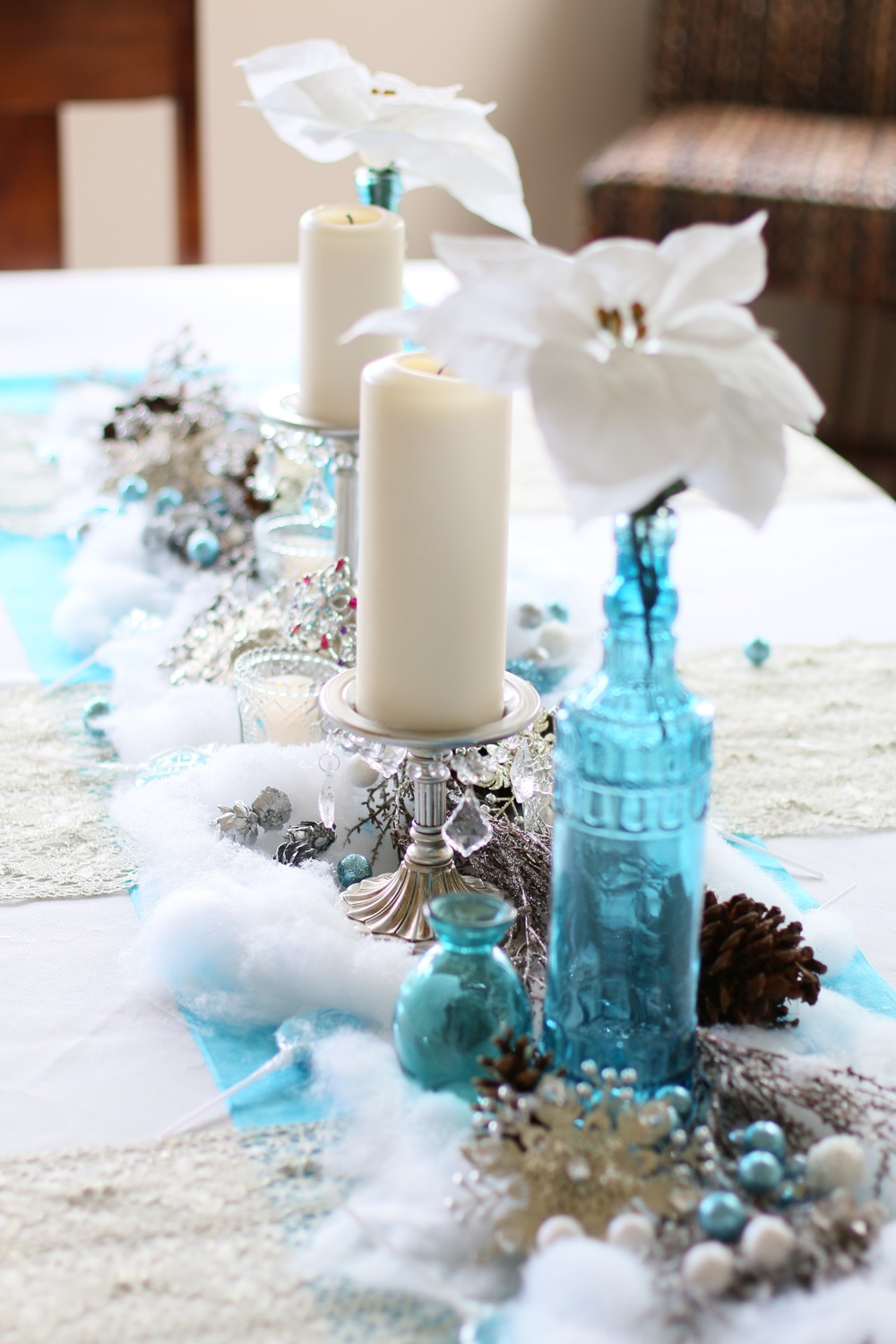 "Copy of Frozen character dolls, cool blues, silvery whites, & wintery accents! Brrrrr I feel ""Frozen""! @inJOYtheParty"